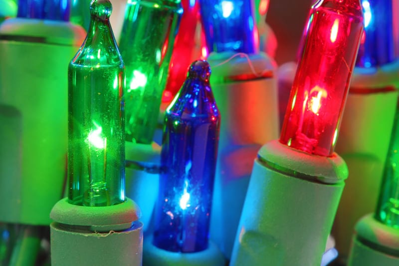 Green Your Holiday Lights Greenily